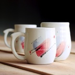 barrell-shapped mugs